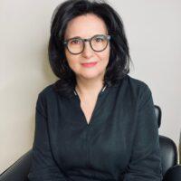 Renata Ćwierzeń - psychoterapeuta, trener i coach.